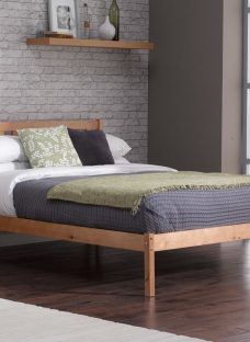 Sandhurst Pine Wooden Bed Frame 4'6 Double Light Wood