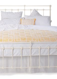Edwardian Glossy Ivory Metal Bed Frame 2'6 Small Single White