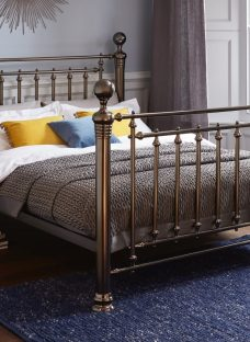 Hugo Black Metal Double Bed 4'6 Double