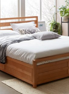 Woodstock Wooden Ottoman Bed Frame 4'6 Double Natural Light Wood