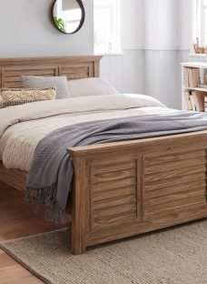 Clark D White Wash Wooden Bed (Solid Slats) 4'6 Double