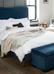 Salisbury D Teal Blue (Solid Slats) 4'6 Double
