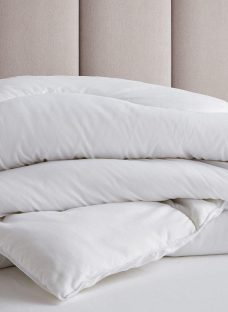 Doze Teflon Duvet 6'0 Super king