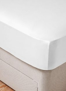 Flaxby 400 Thread Count Fitted Sheet 4'6 Double WHITE