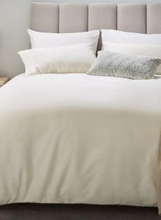Flaxby 400 Thread Count Duvet Cover 6'0 Super king CREAM