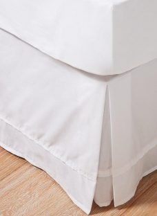 Flaxby 400 Thread Count Pleated Valance 4'6 Double WHITE