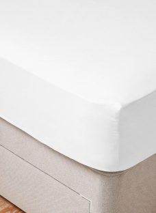 Doze Easy Care Fitted Sheet 4'6 Double WHITE
