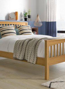 Fleetwood Oak Wooden Bed Frame 6'0 Super king