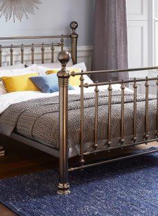 Hugo D Black Nickel Metal Bed (Solid Slats) 4'6 Double