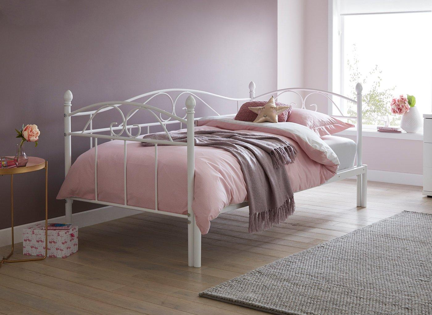 Kylie S Metal Bed Frame Pink 3 0 Single White Bed Sava