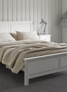 Woodbridge Wooden Bed Frame 4'6 Double WHITE