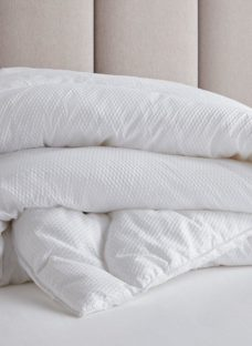Doze Ultra Soft Washable Duvet 4'6 Double