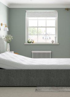 Lucia Sleepmotion 100i Adjustable Upholstered Bed Frame 4'6 Double GREY
